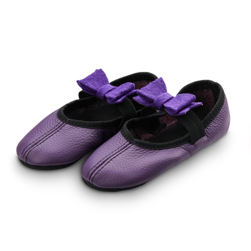 Dance slippers (purple) with felt bow